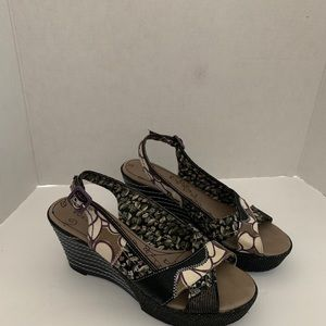 Bobbi Blu wedge platform wedge sandals. Size 10M